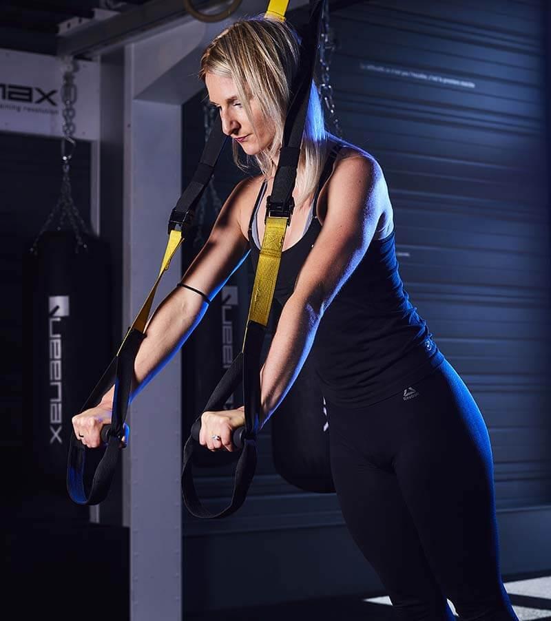 Une femme dans une salle de sport à Mulhouse